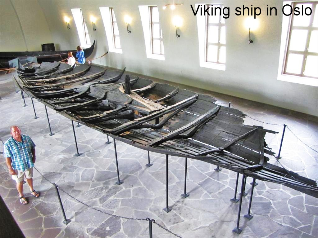 0742a-Carl and Tune ship, Viking Ship Museum, Oslo.jpg