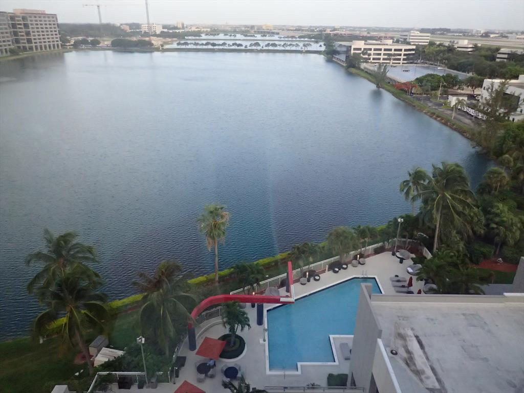 005-View from our room, Pullman Hotel, Miami.JPG