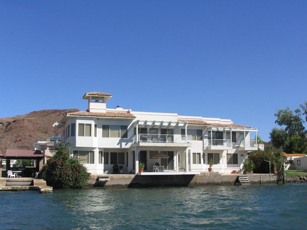004-House from the water, Sept 2004.jpg